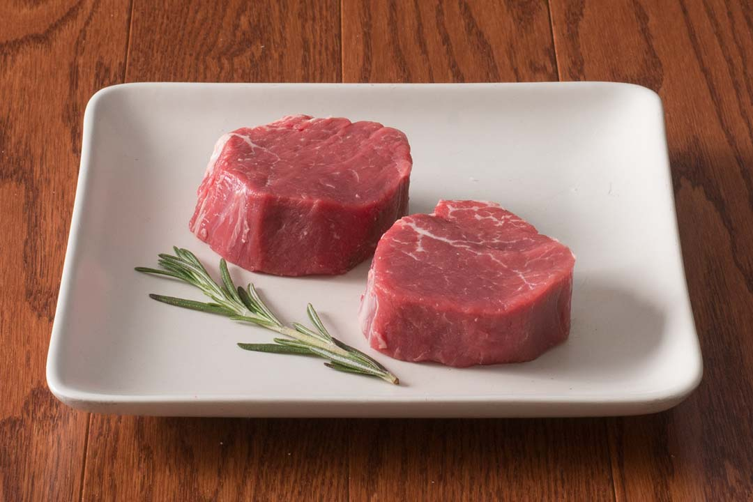 HarvestBox Grass Fed Beef Petite Tenderloin Filet Mignon Steak
